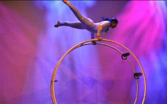 Acrobatiek-huren-evenement-bedrijfsfeest.jpg
