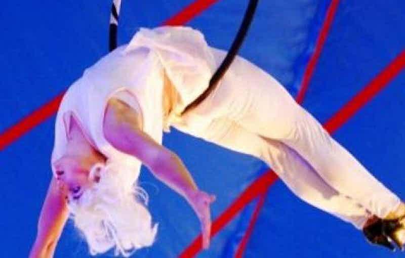 acrobatiek-act-huren-bedrijfsfeest.jpg