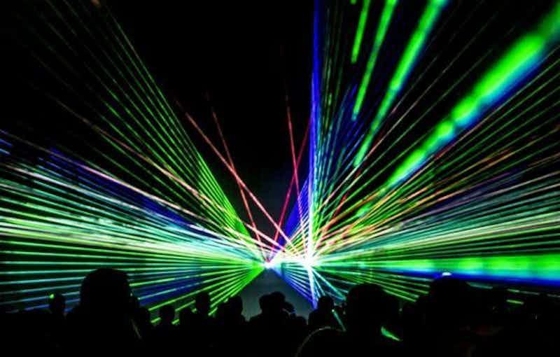 lasershow huren.jpg