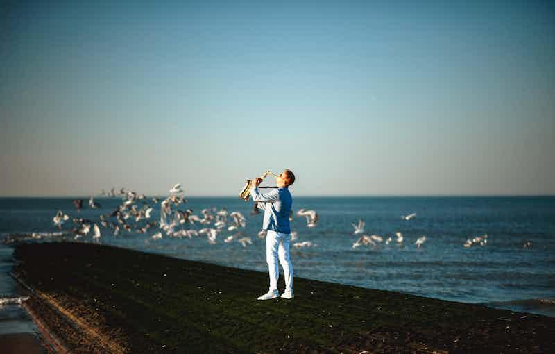 Saxophonist gesucht.jpg