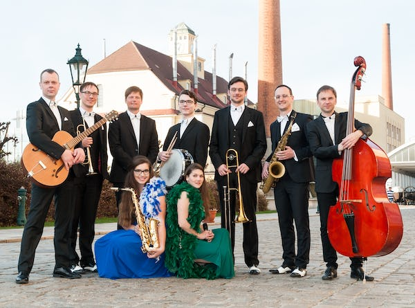 Swing Orchestra