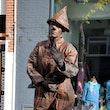 Living statue inhuren