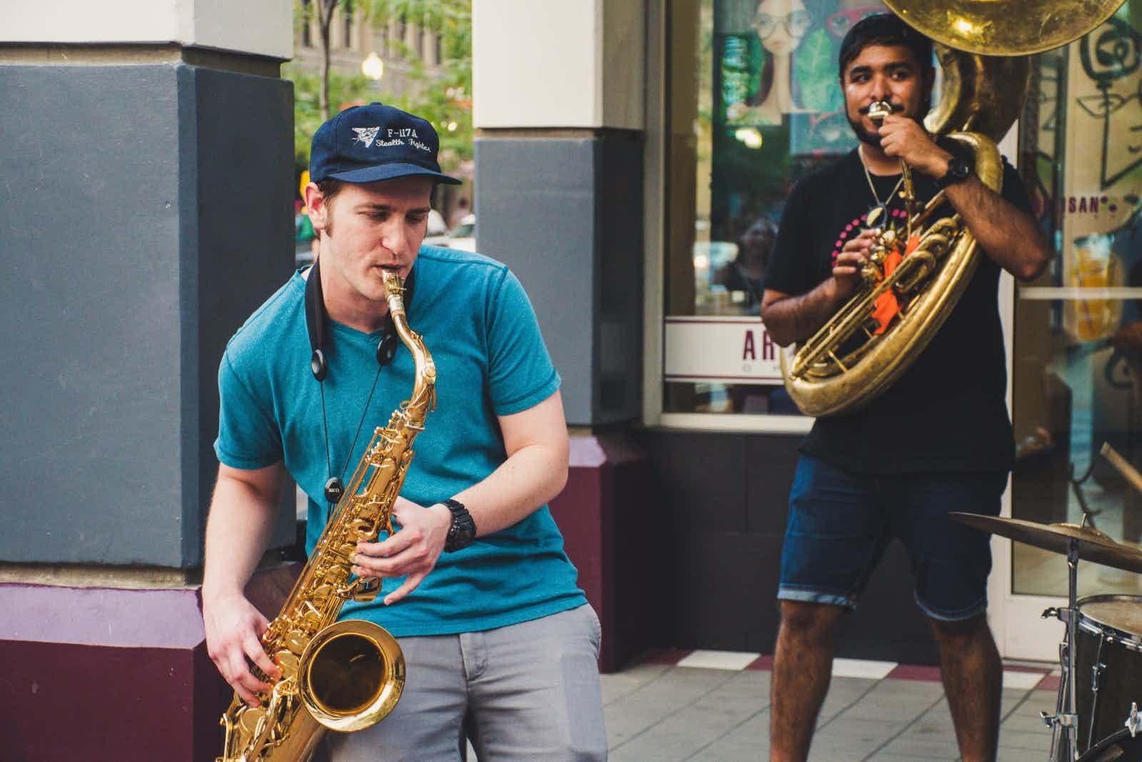 artist-band-brass
