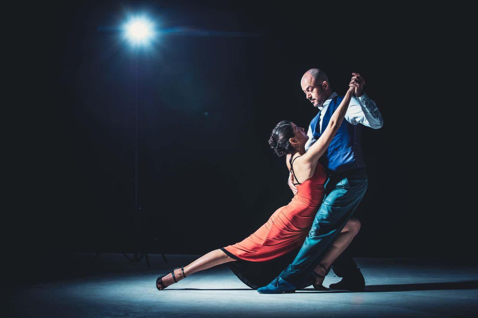 dance-dancers-dancing-2188012