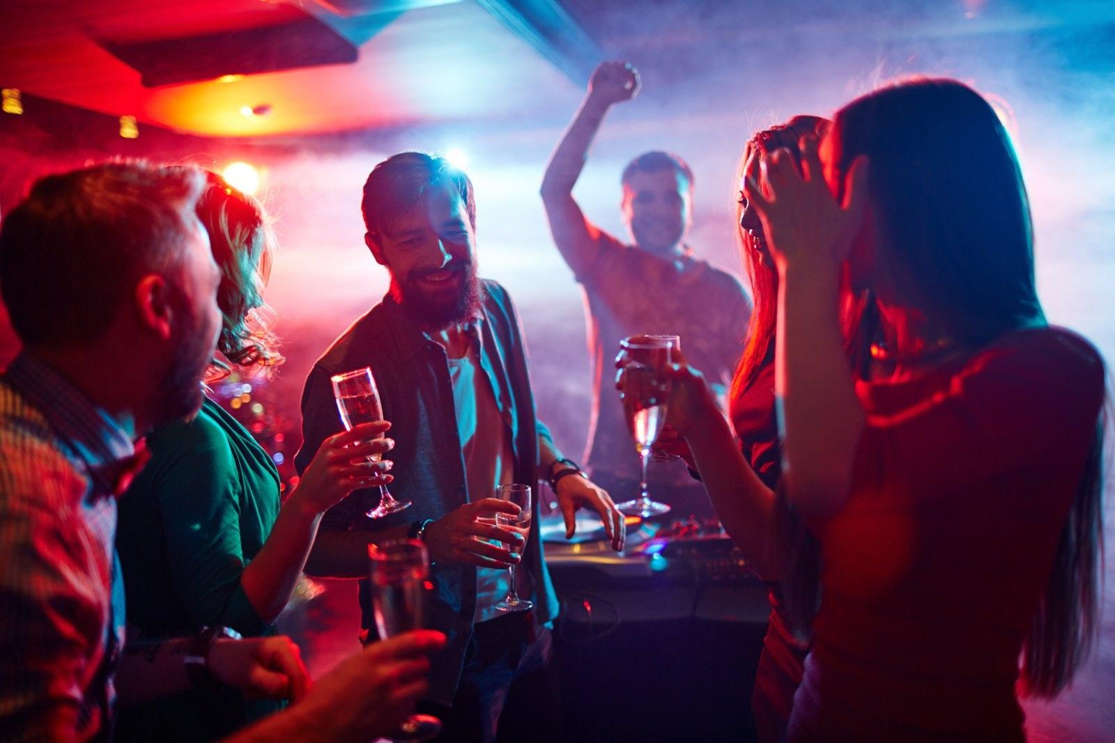 dance-party-dj-4
