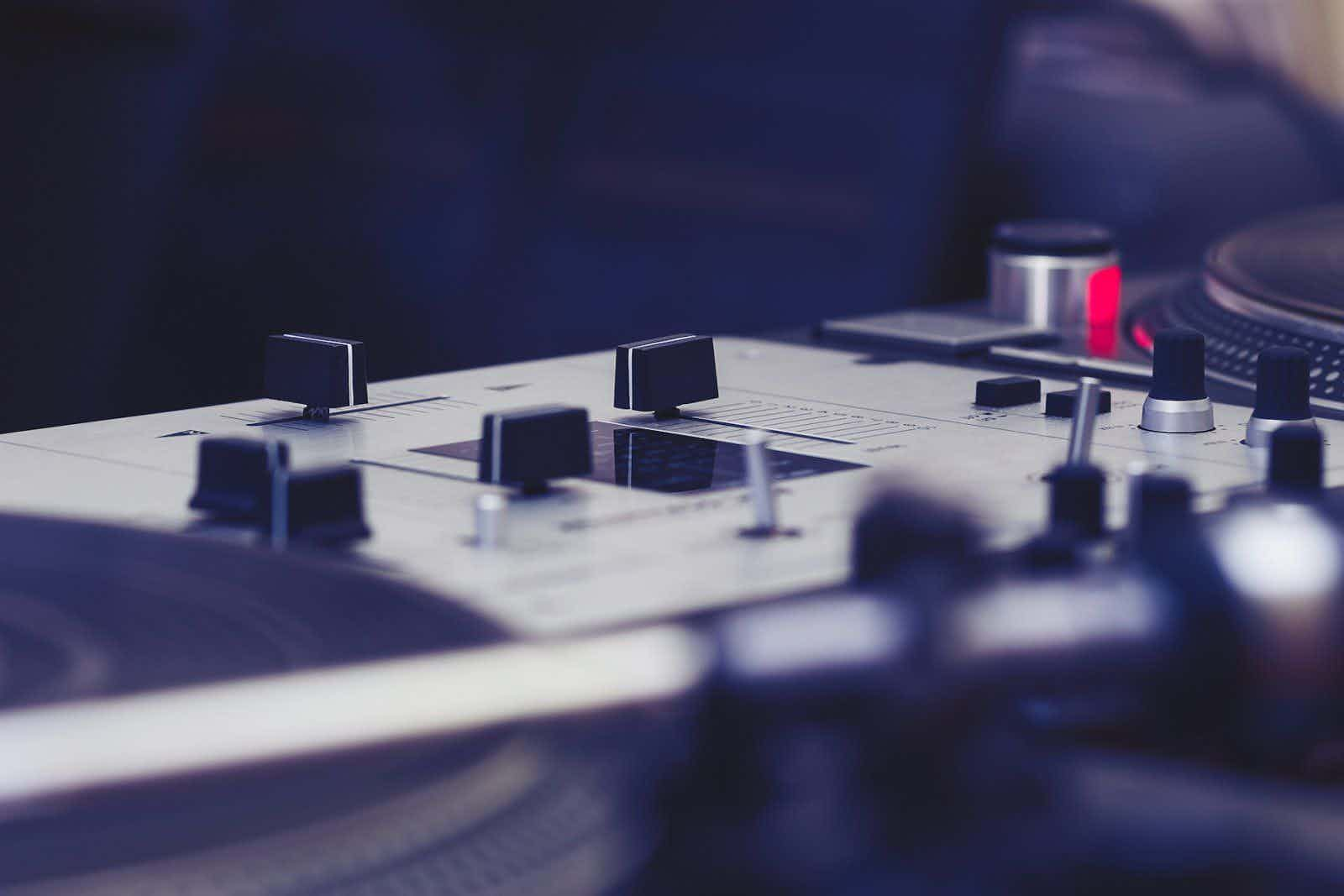 mixpaneel-dj