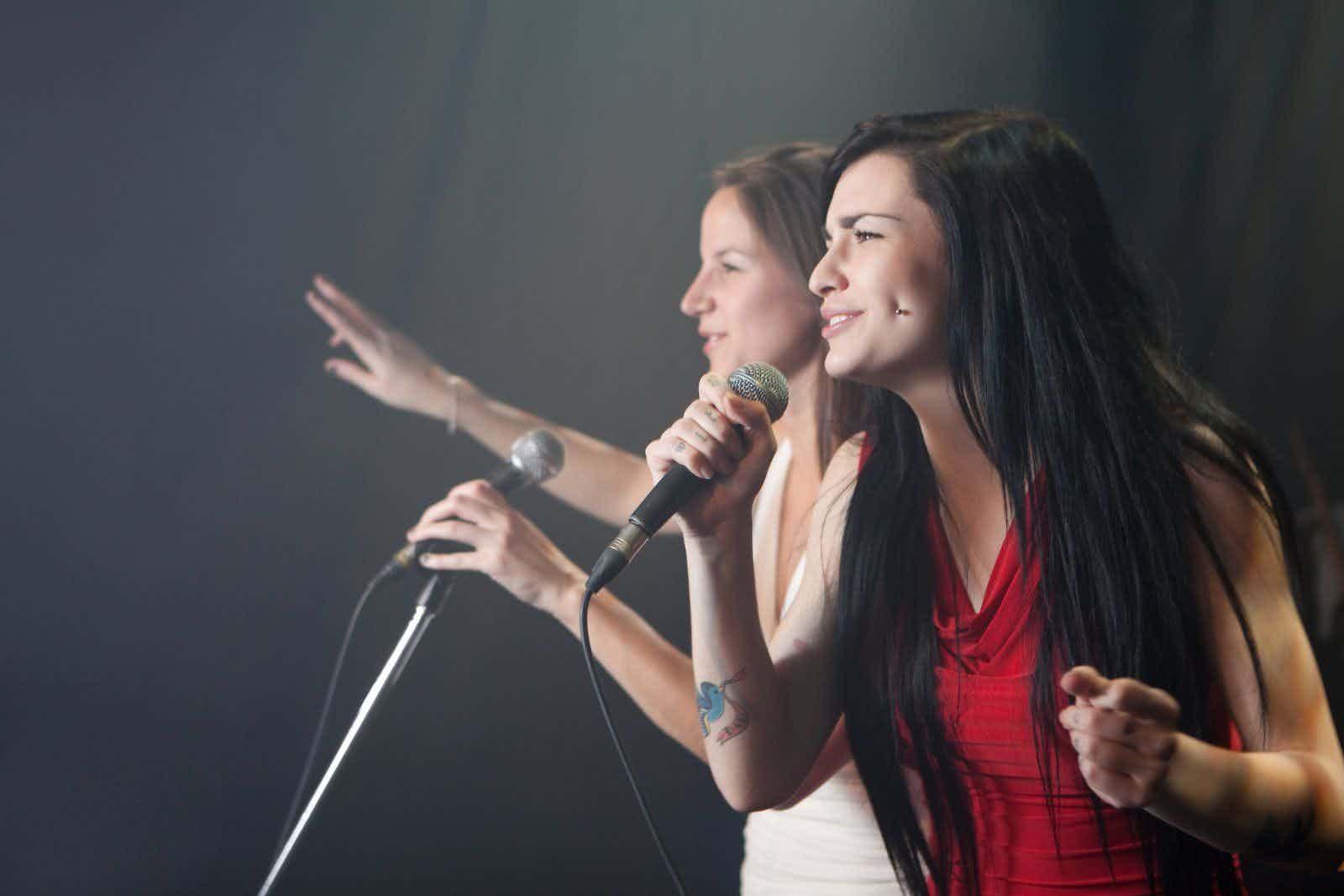 pop-duo-zangeressen
