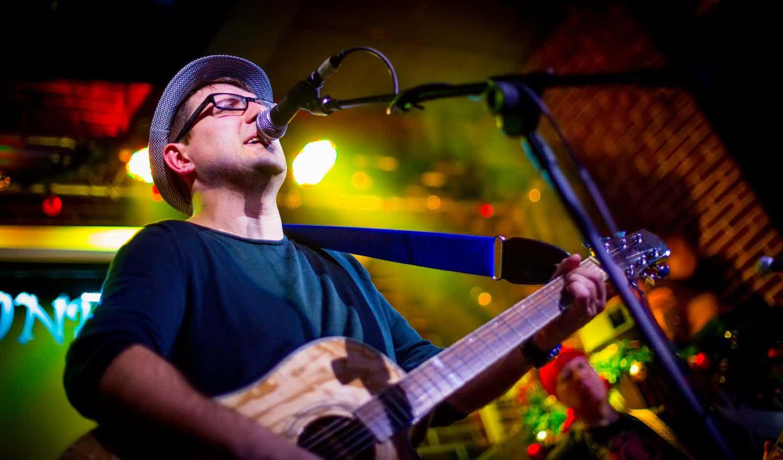saenger-gitarrist-buchen
