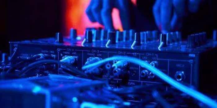 Boeken-DJ-feest.jpg