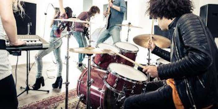 band-feest-event-vrijgezellenfeest-geest-antilliaanse-feesten-feestjes-thema-receptie-fuif_1.jpg
