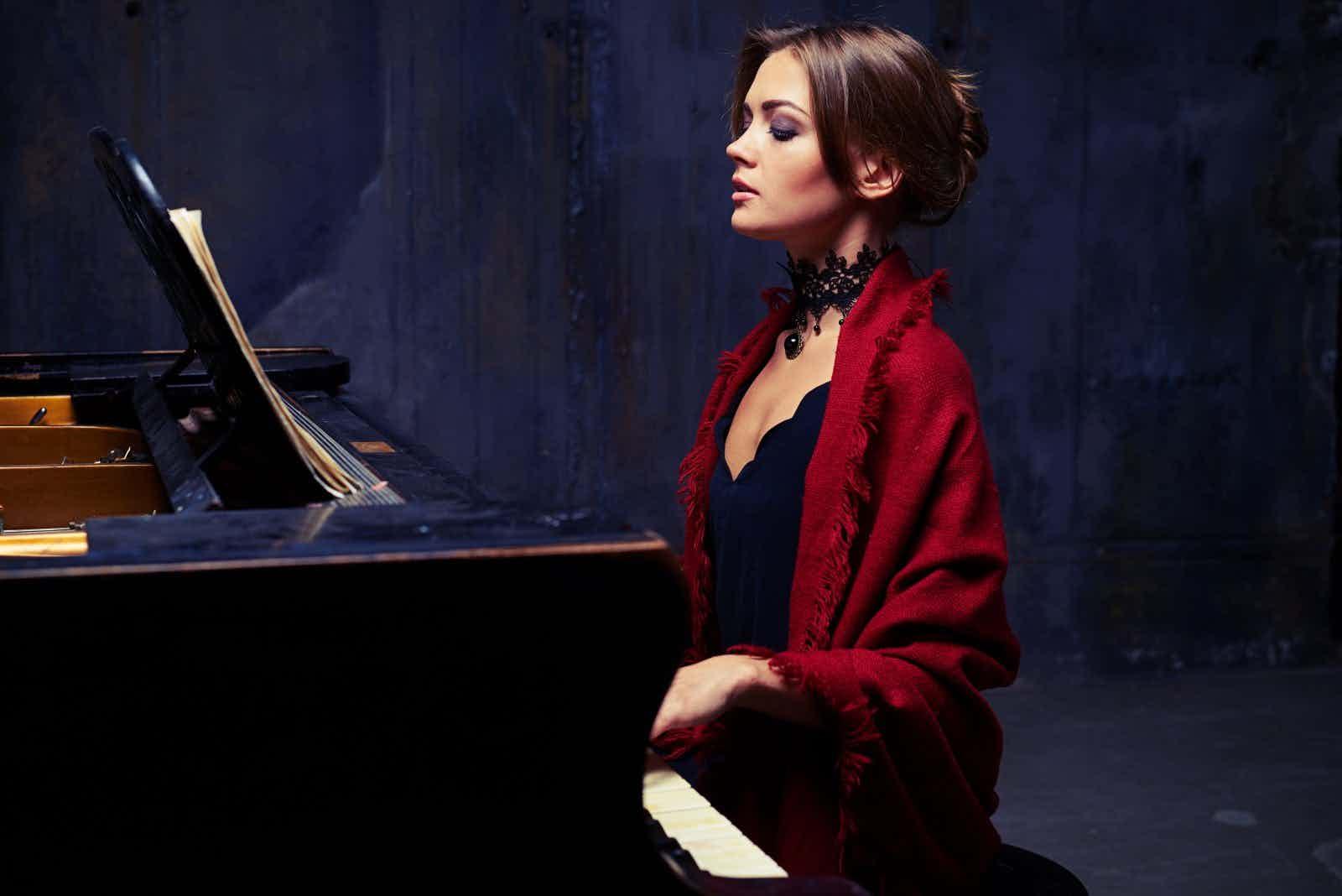 Klavierspielerin-solistin-buchen