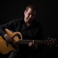 troubadour-eddie-smith-gitaar.jpg