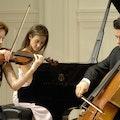 klassiek-ensemble-boeken-receptie-trouwceremonie.jpg