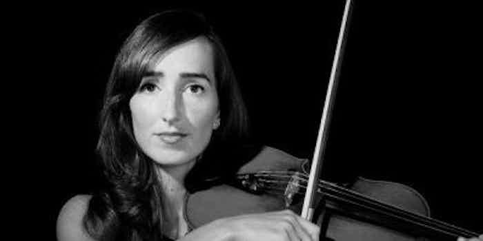 Instrumentale muziek-violist boeken -receptie bruiloft feest violiste huren.jpeg