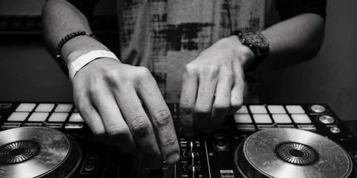 dance dj.jpg