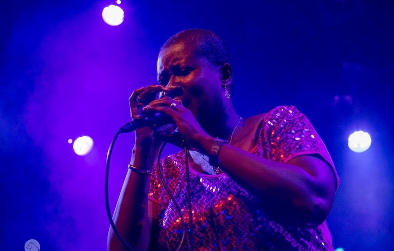 Soul zangeres huren.jpeg