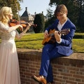 Strings Attached boeken trouwceremonie.jpeg