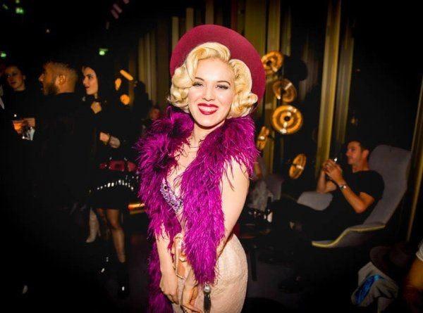 burlesque danseres evenses