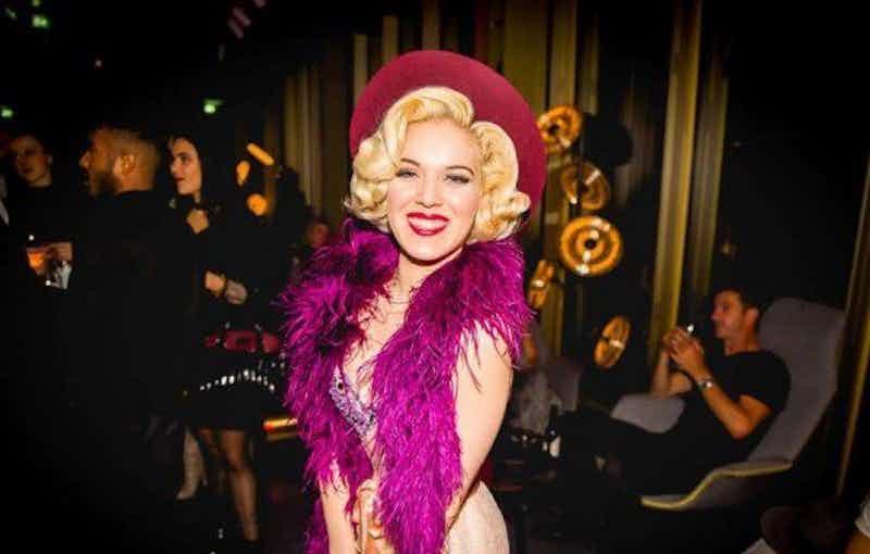 burlesque-danseres-evenses.jpg