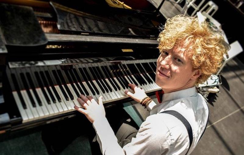 zanger pianist boeken feest.jpg