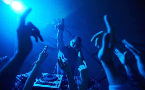 Festlig DJ Evenses.jpeg