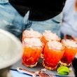 cocktailshaker boeken borrel
