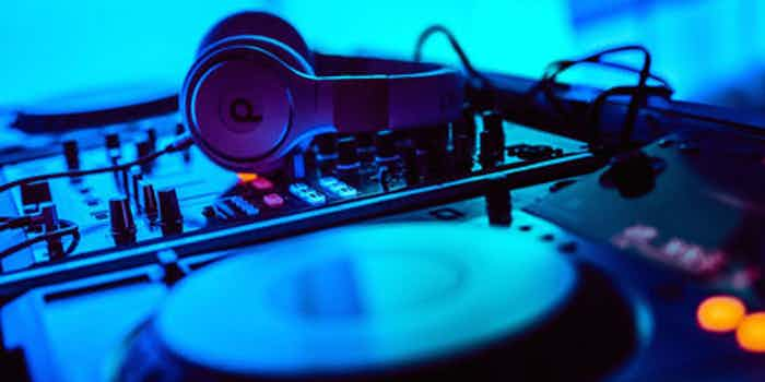 dj headphones installation x
