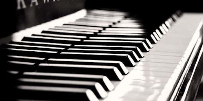 piano bw keys x
