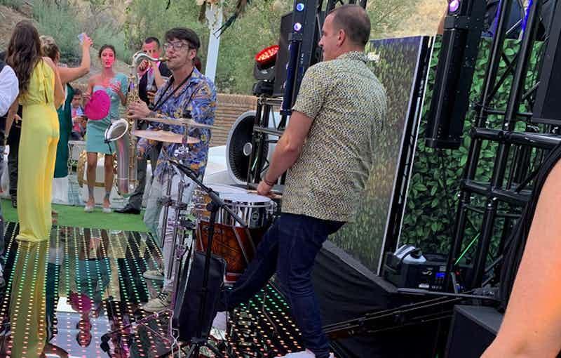 DJ band