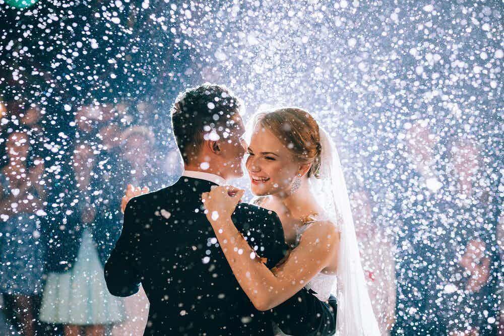 trouwen met dj en band op uw bruiloft muziek.jpeg