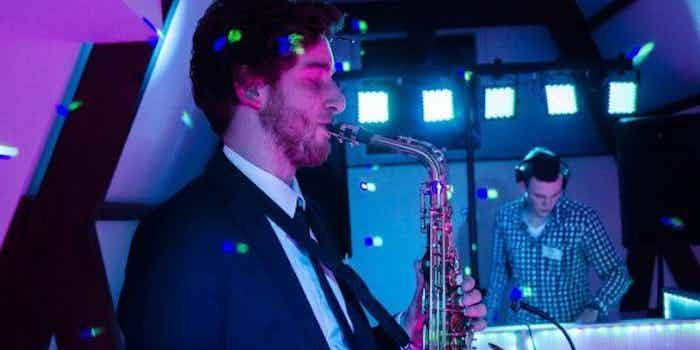 dj-saxofonist-bedrijfsfeest.jpg