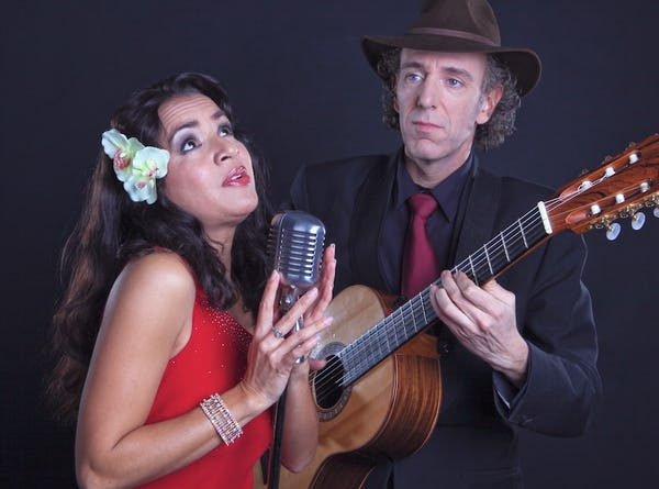 Bossa Nova & latin zangeres inhuren