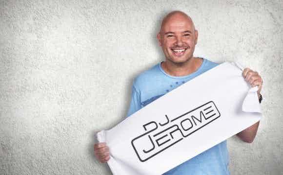 DJ Jerome boeken feest.jpg