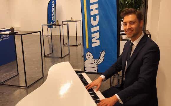 Pianist huren bedrijfsfeest.jpeg