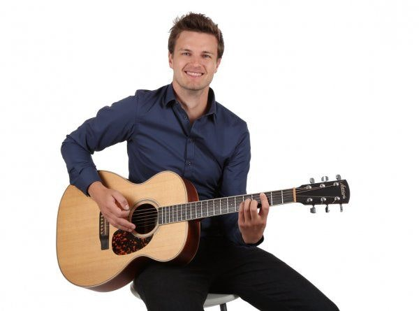 zanger gitarit boeken verjaardag
