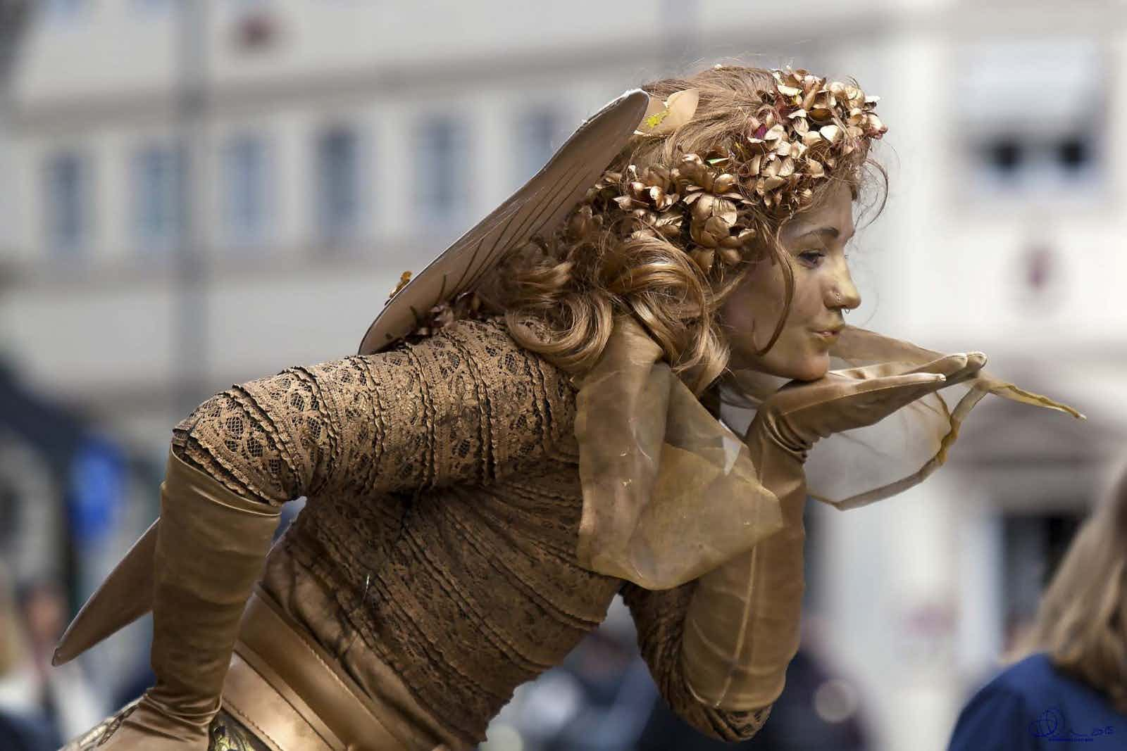 Fairy-Work-Large-Format-Golden-Fairy-Profile-Blow-Kiss-15MB_1