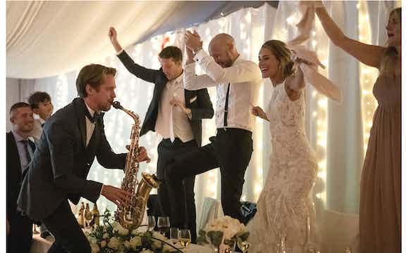 Saxofonist till ditt bröllop.JPG