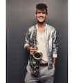 Boka saxofonist till din fest.jpg