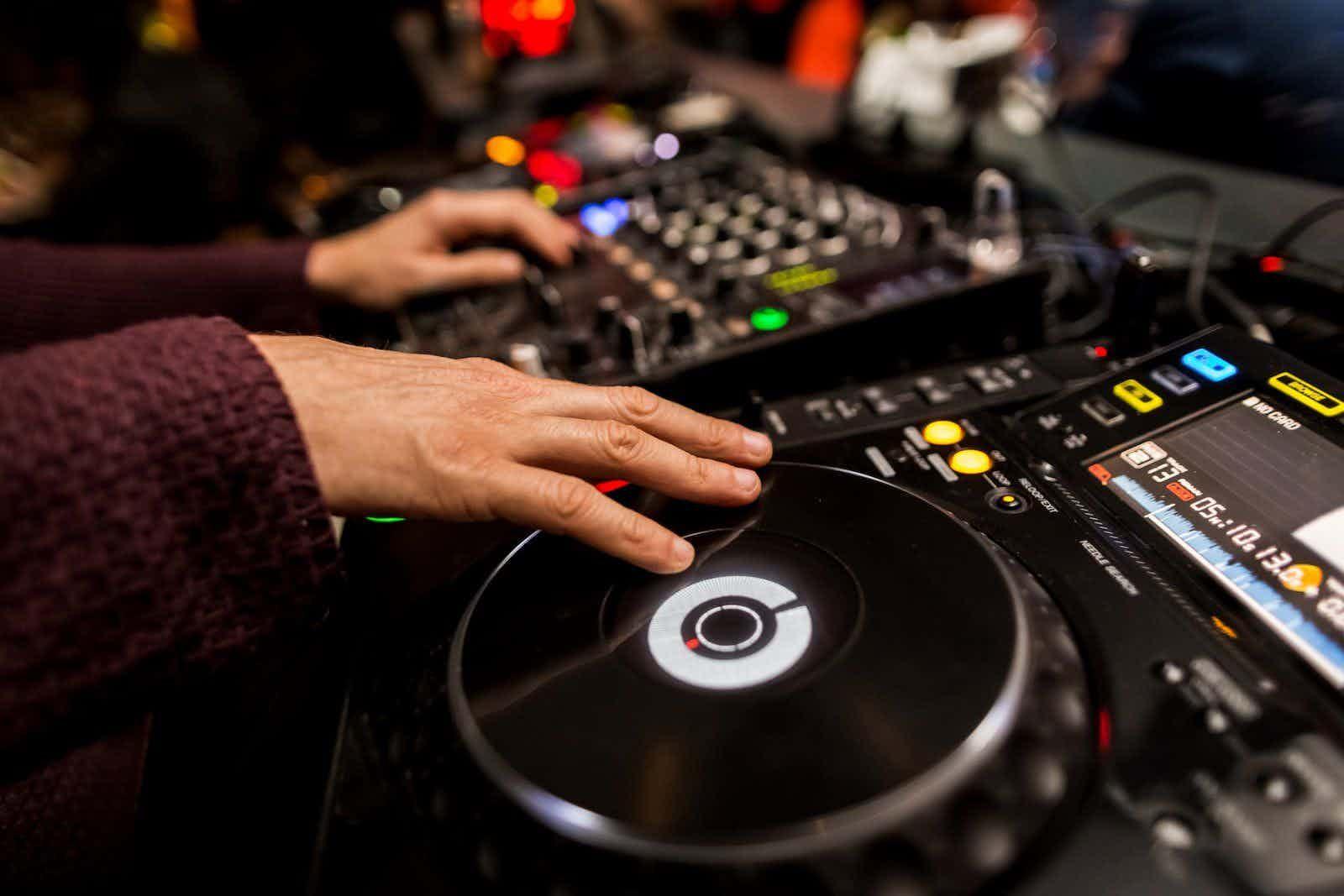 dj-mixtafel