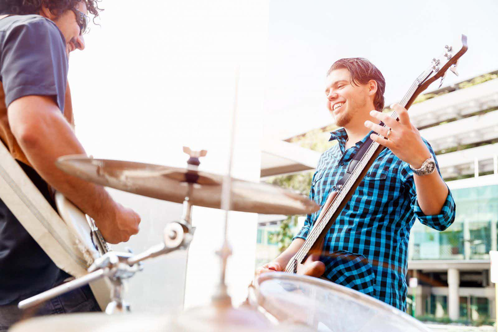 duo-drummer-gitarist