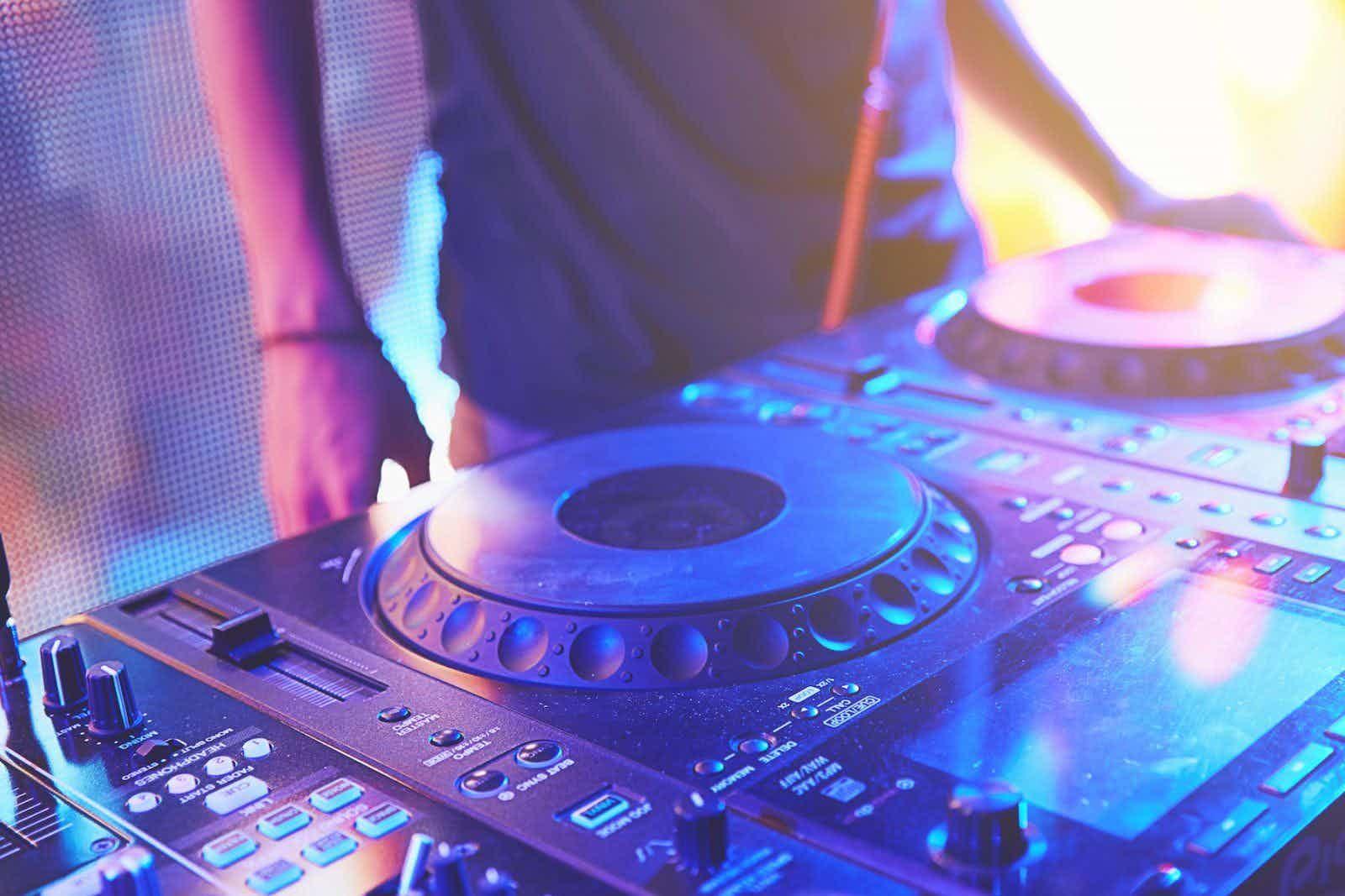 dj-mixtafel-club