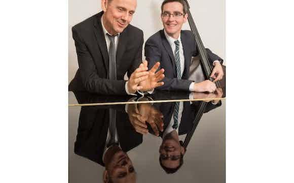 jazz duo_hire_UK_wedding_party.jpg