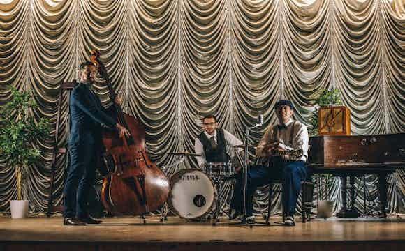 jazz-trio-to-hire-party-wedding.jpg