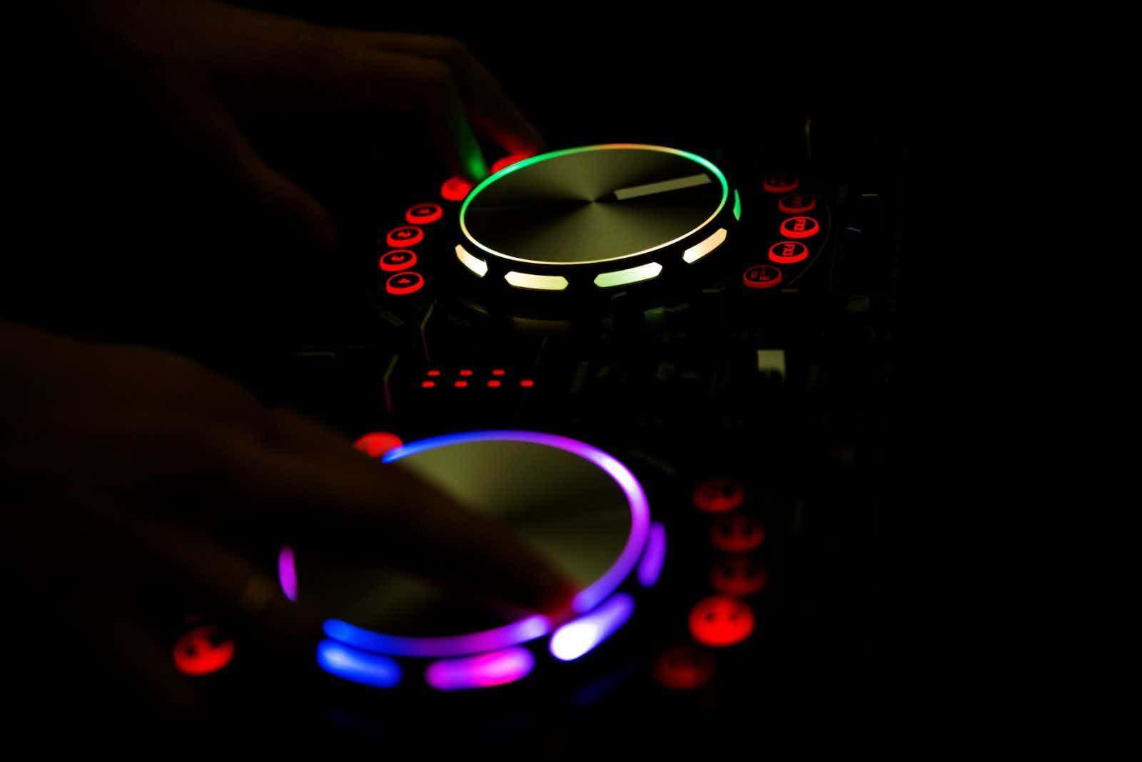 verlicht-dj-mixpaneel